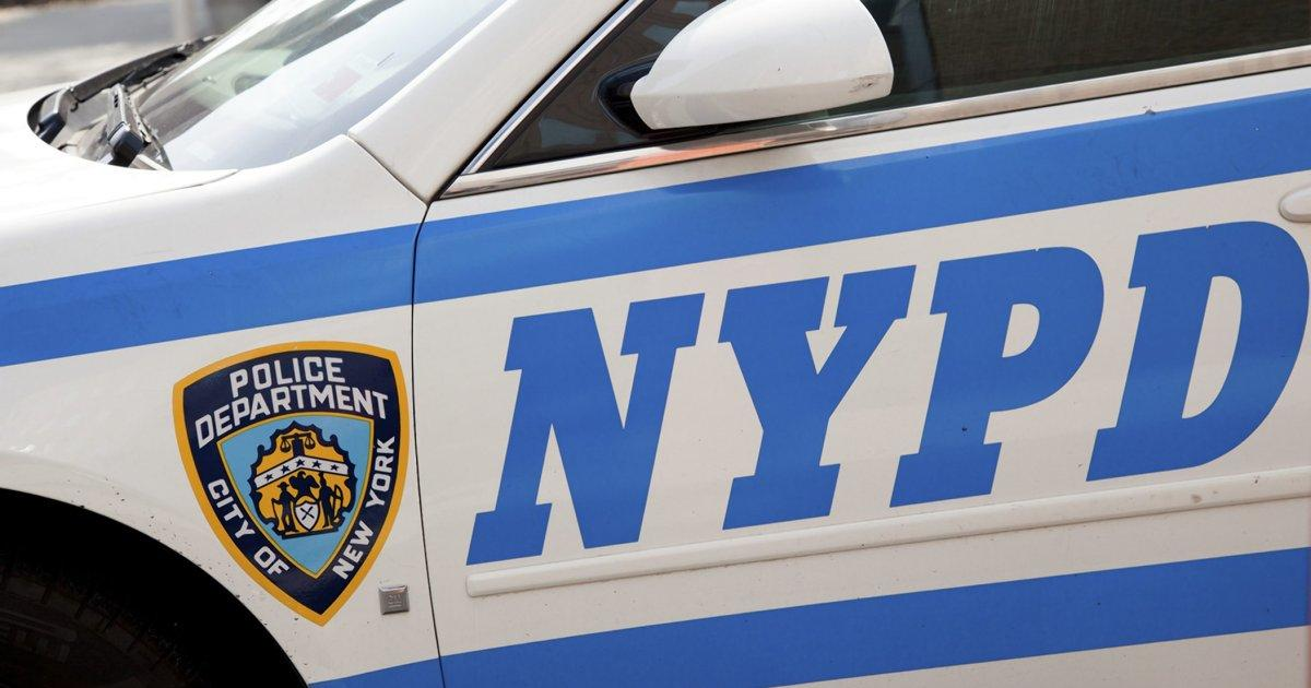 NYPD Break Up Cookout on the Sidewalk