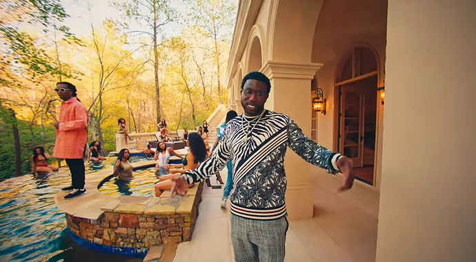 Gucci Mane Ft. Migos - I Get The Bag (Video)